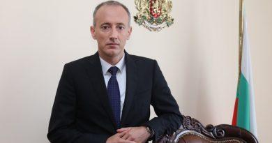 Министъра на образованието и науката в България