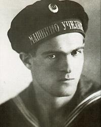 Никола Вапцаров на младини